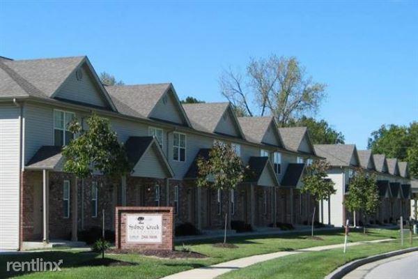 621 Johnson Hill Rd, Collinsville, IL