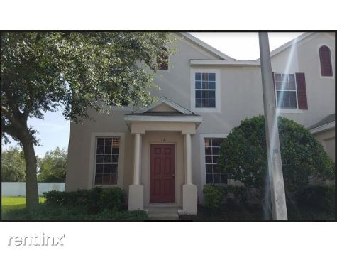 1341 Lyonshire Dr, Wesley Chapel, FL
