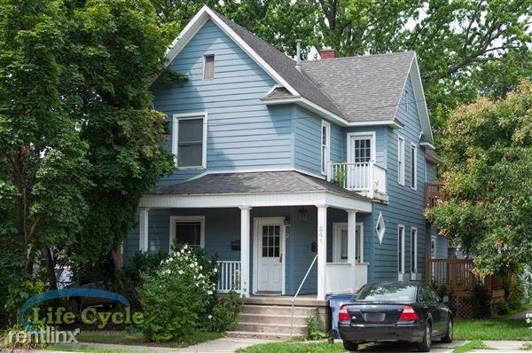 241 Lane Ave Nw Unit 1, Grand Rapids, MI