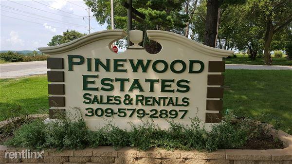 100 Pinewood Est, Chillicothe, IL
