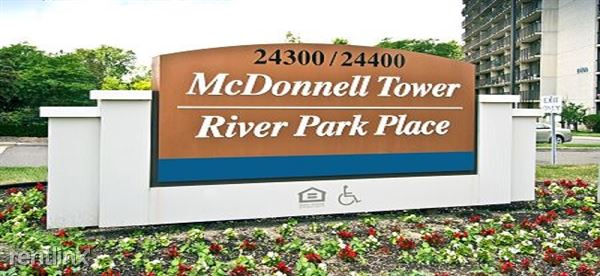 24300 Civic Center Dr, Southfield, MI