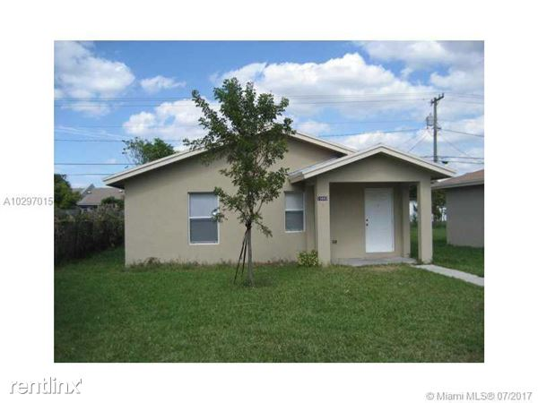 10443 Sw 184th St, Cutler Bay, FL