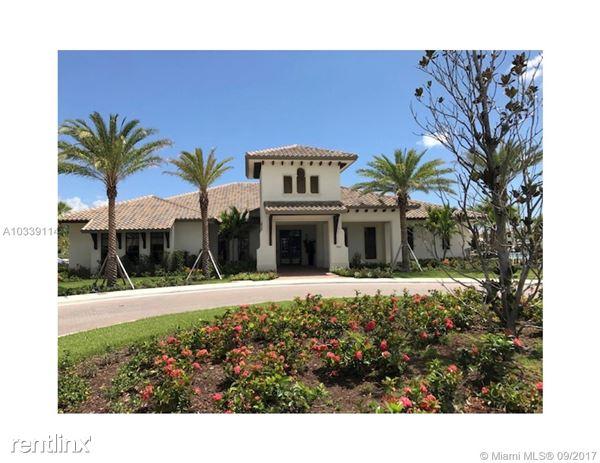 Excelente Villa En Bonterra, Hialeah Gardens, FL
