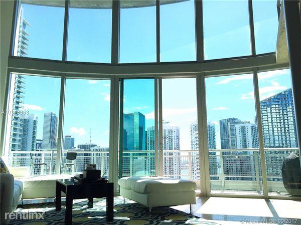 690 Sw 1st Ct Apt 2702, Miami, FL