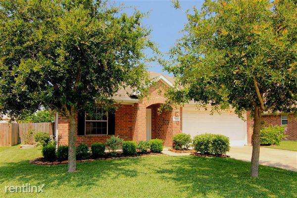 4204 Cleburne Dr, Pearland, TX