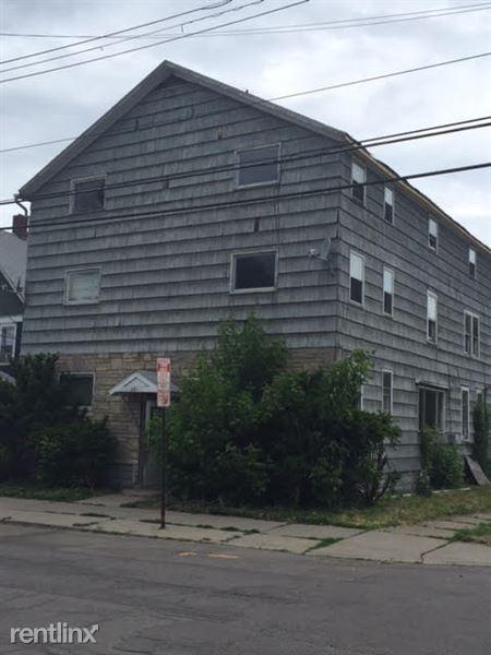 281 Grand Ave, Johnson City, NY