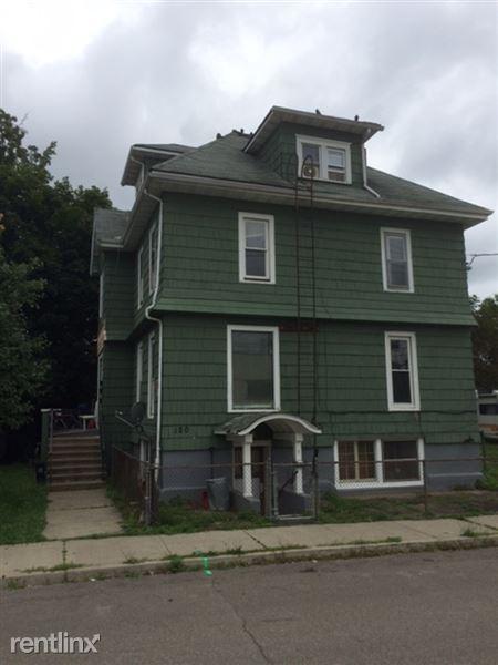 120 Badger Ave, Endicott, NY