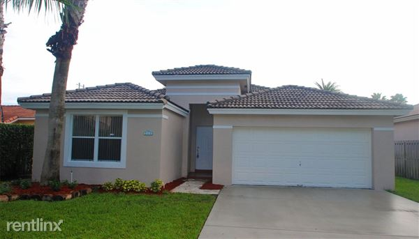 254 Royal Cove Way, Davie, FL