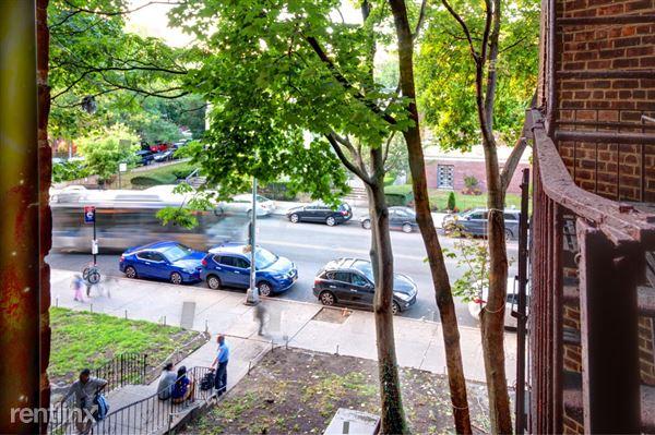 8606 35th Ave, Jackson Heights, NY