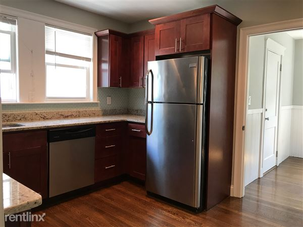 97 Neponset Ave # 2, Roslindale, MA