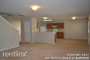 5125 Columbia Dr, Schertz, TX