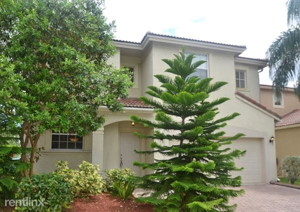 818 Nw 126th Dr, Coral Springs, FL