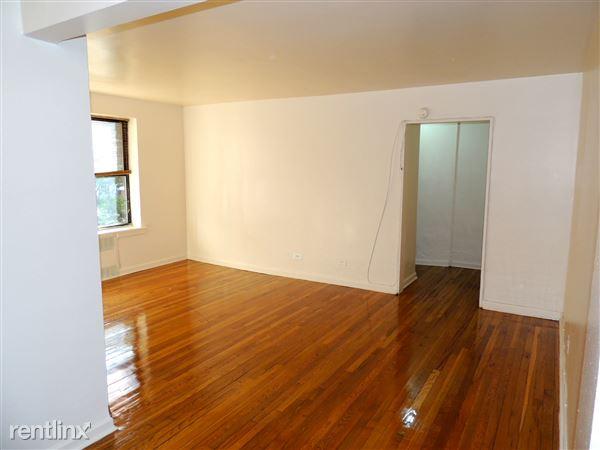8331 116th St, Richmond Hill, NY