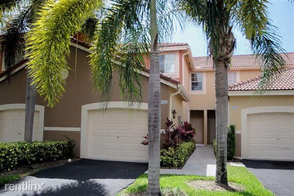 3957 San Simeon Ln, Weston, FL