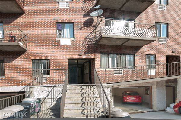 14113 85th Rd, Briarwood, NY