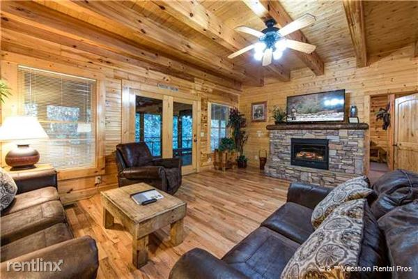 315 Caney Creek Road, Pigeon Forge, TN