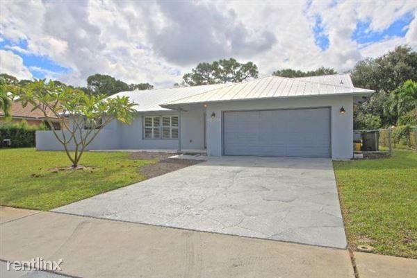 4270 Nw 9th St, Delray Beach, FL