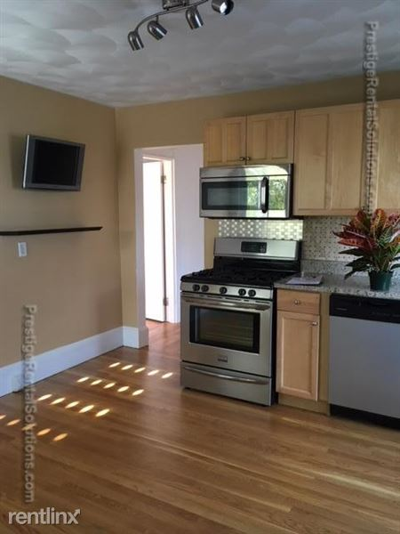 37 Trident Ave # 2c, Winthrop, MA