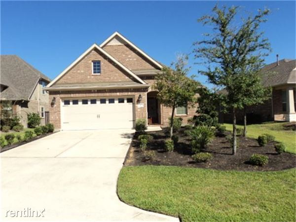 42 Canterborough Pl, Tomball, TX