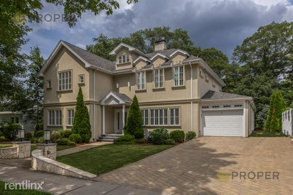 6 Intervale Rd, Chestnut Hill, MA
