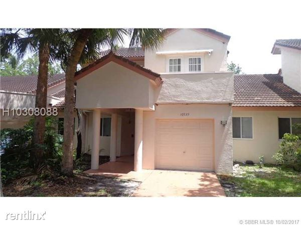 10939 W Broward Blvd, Plantation, FL