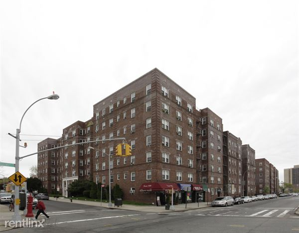 11155 77th Ave, Forest Hills, NY
