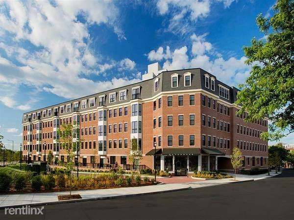 9 W School St Unit 716f, Charlestown, MA