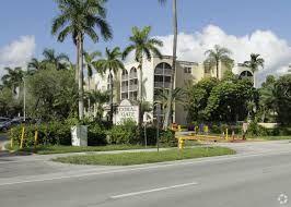 Hermosa Propiedad En Miami Gardens, Miami Gardens, FL
