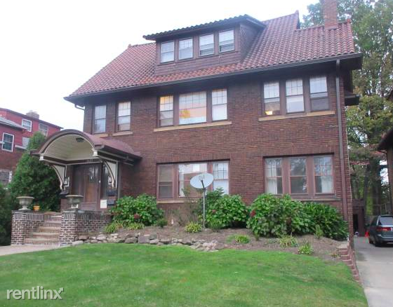 2623 Colchester Rd, Cleveland Heights, OH