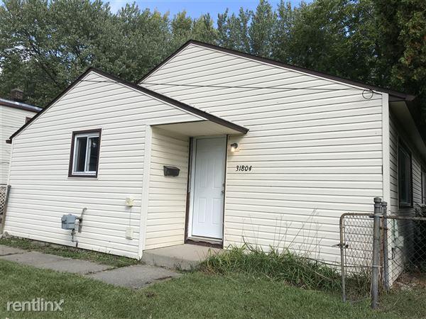 31804 Tuscola Ct, Westland, MI