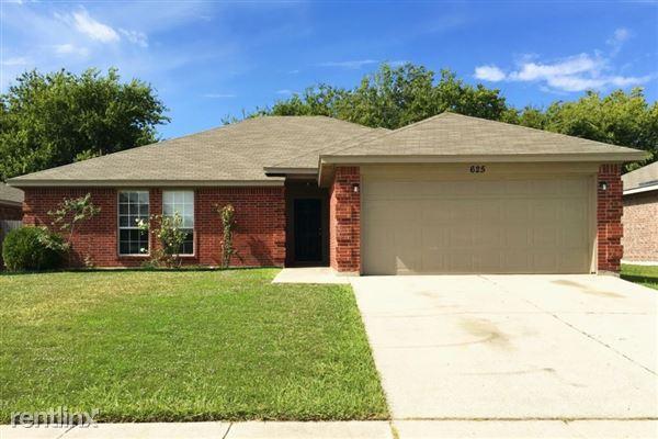 625 Sawyer Drive, Saginaw, TX