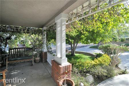 7559 Penobscot Dr, West Hills, CA