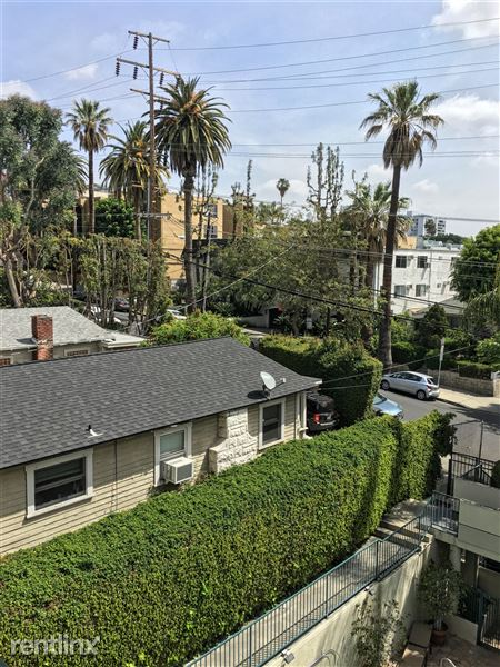 939 Palm Ave, West Hollywood, CA