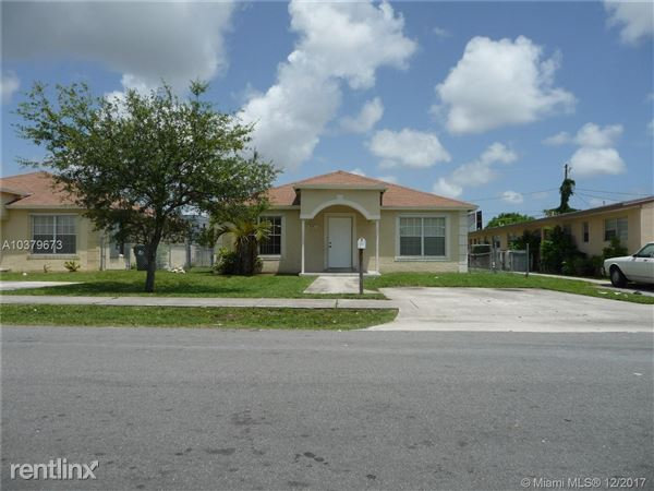 841 Nw 10th St, Hallandale Beach, FL
