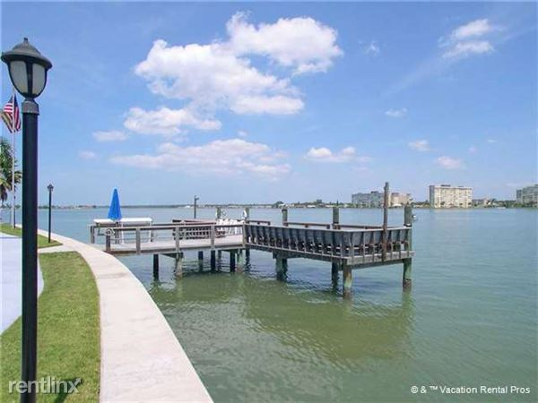 275 Medallion Blvd Unit A, Madeira Beach, FL
