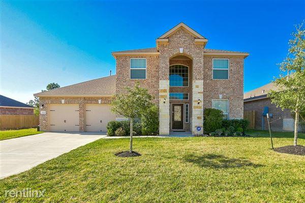 9103 Nina Rd, Conroe, TX