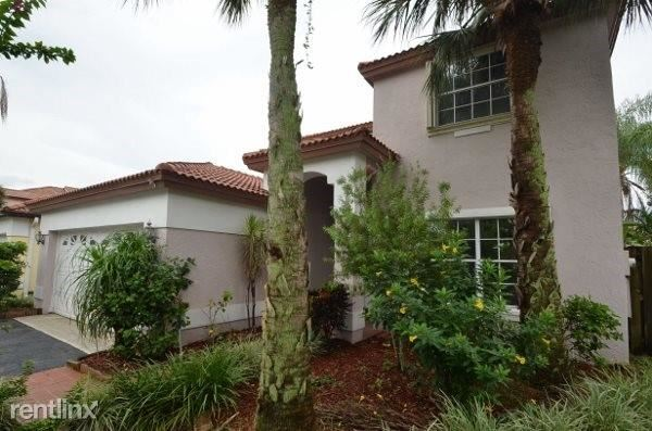 4905 Nw 49th Ave, Coconut Creek, FL