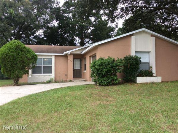 605 Missionwoode Drive, Seffner, FL