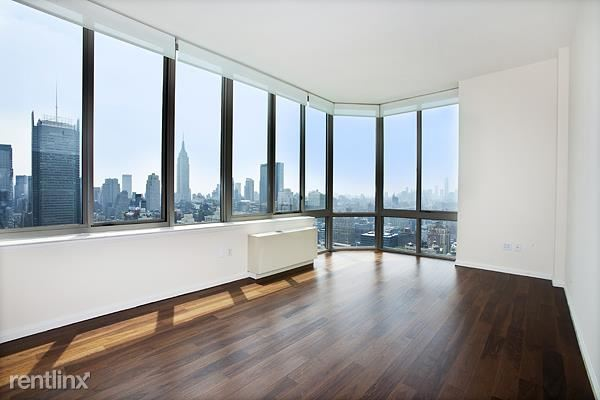 561 10th Ave 45k, Ny, NY