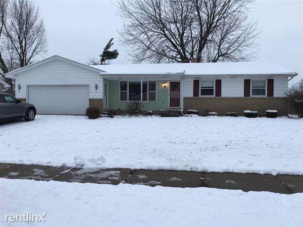 3906 Blackhawk, Grandville, MI