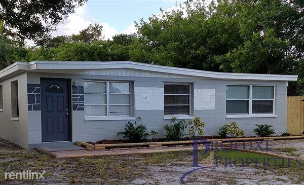 8584 92nd Ter, Seminole, FL