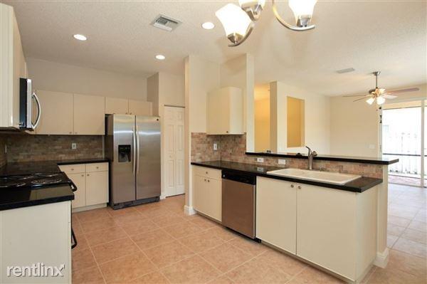 593 Willow Bend Rd, Weston, FL