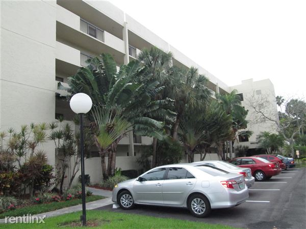 2900 Nw 42nd Ave, Coconut Creek, FL