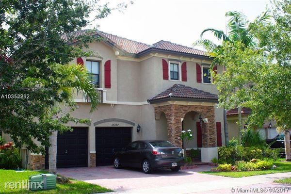 24297 Sw 113th Pass, Homestead, FL