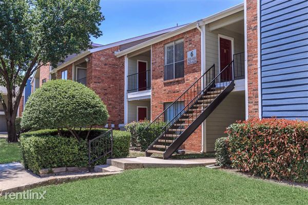 1721 Frankford Road East, Carrollton, TX
