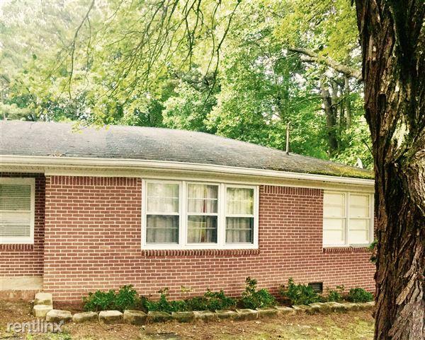 525 Mars Hill Road, Acworth, GA