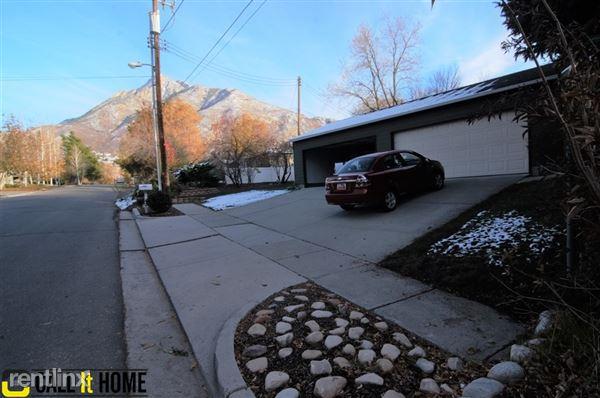 2584 Wren Rd, Holladay, UT