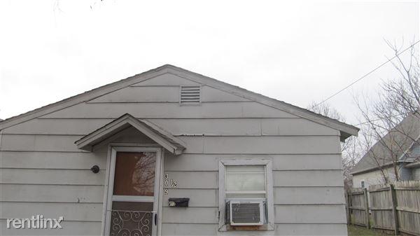 309 1/2 N Jackson Ave, Joplin, MO