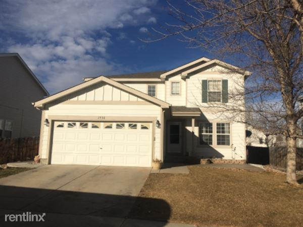 1938 Mainsail Dr, Fort Collins, CO