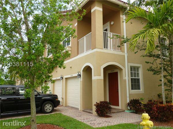 9084 Preston Pl # 9084, Tamarac, FL